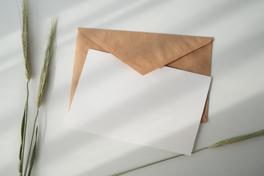 手紙&年賀状には必ず必要?
